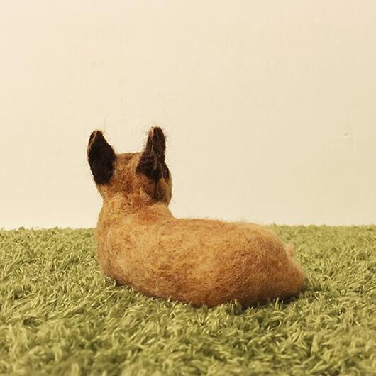 羊毛氈跩跩哥小黃擺飾