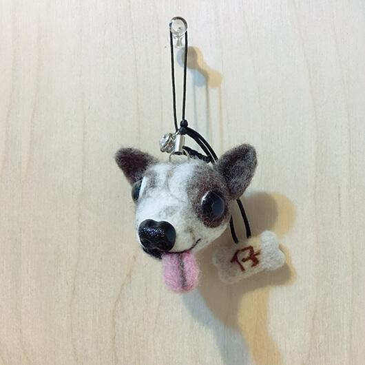 羊毛氈吉娃娃手機吊飾-仔仔
