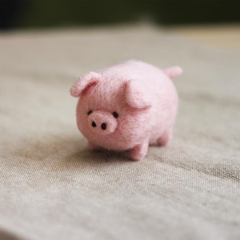 圓滾滾可愛豬豬羊毛氈鑰匙圈材料包