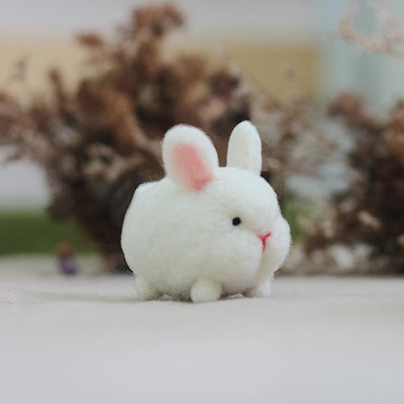 森林小白兔羊毛氈鑰匙圈材料包