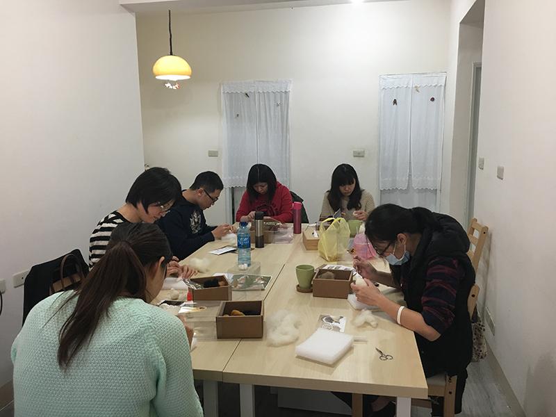【教學花絮】2017第2週預約羊毛氈教學課程