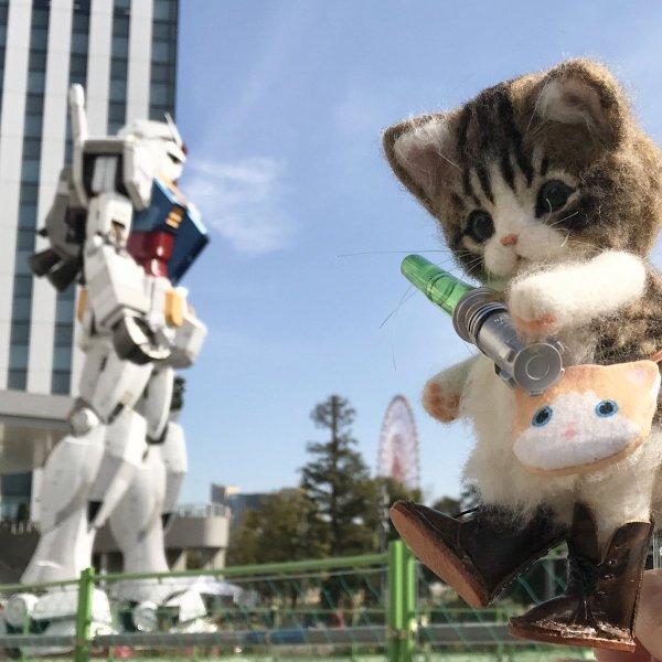 【可愛】如果某一天貓貓用兩隻腳走路,擬人化羊毛氈超可愛