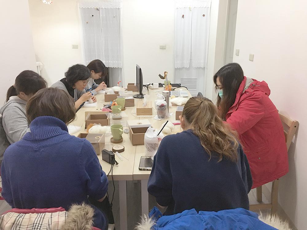【羊毛氈教學花絮】2017第8週預約羊毛氈教學
