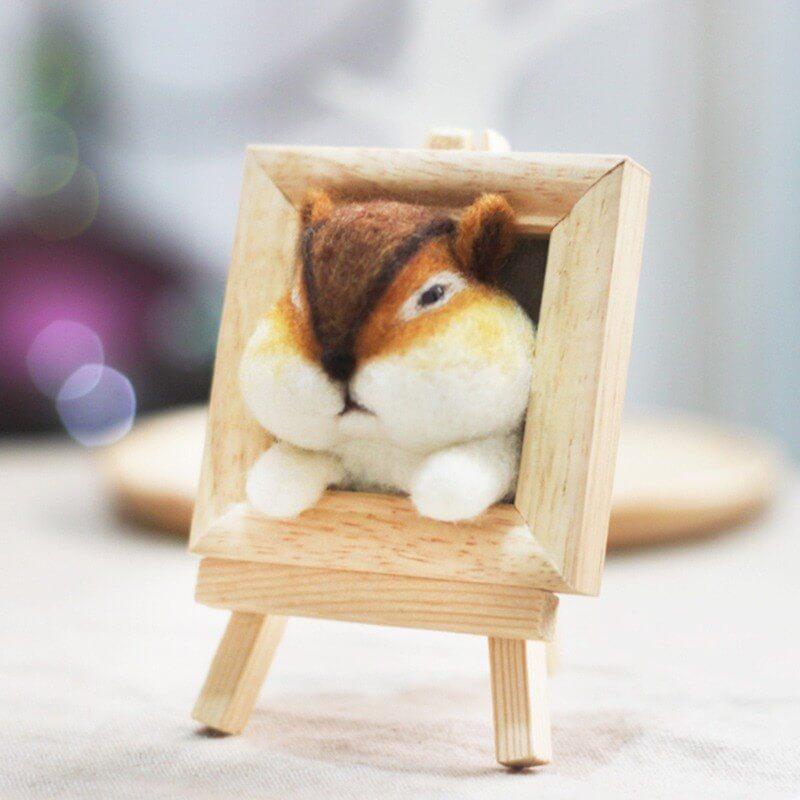 羊毛氈愛麗絲花栗鼠像框