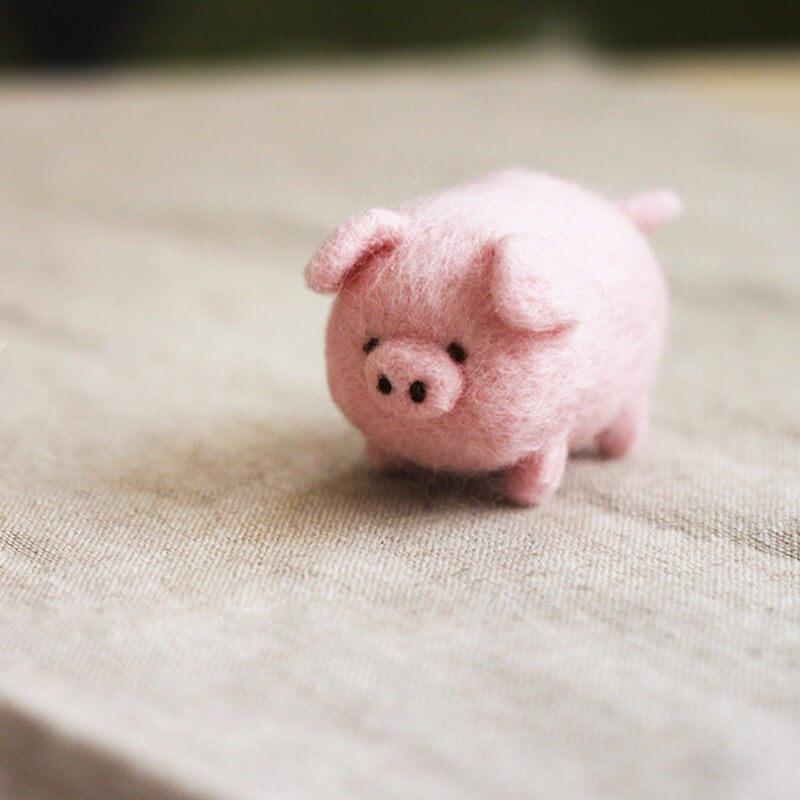 圓滾滾可愛豬豬羊毛氈鑰匙圈材料包【附影片教學】