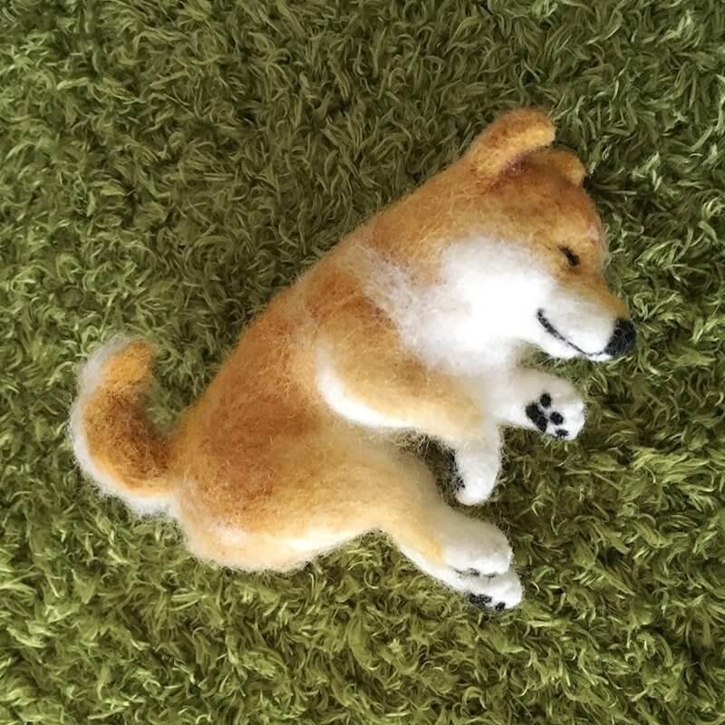 羊毛氈愛麗絲柴犬
