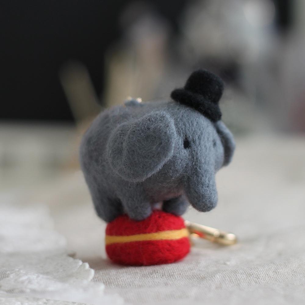 羊毛氈小象先生馬戲團